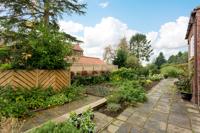 5 Newton Farm Court, Sutton on the Forest, York - property photo #11
