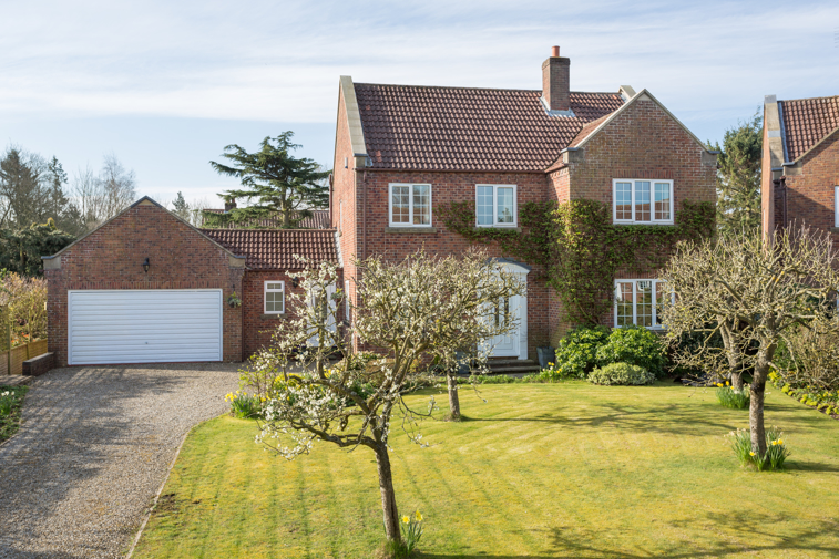 5 Newton Farm Court, Sutton on the Forest, York - property for sale in York