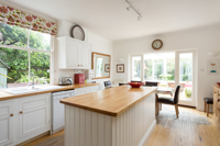 44 Burton Stone Lane, York - property photo #4