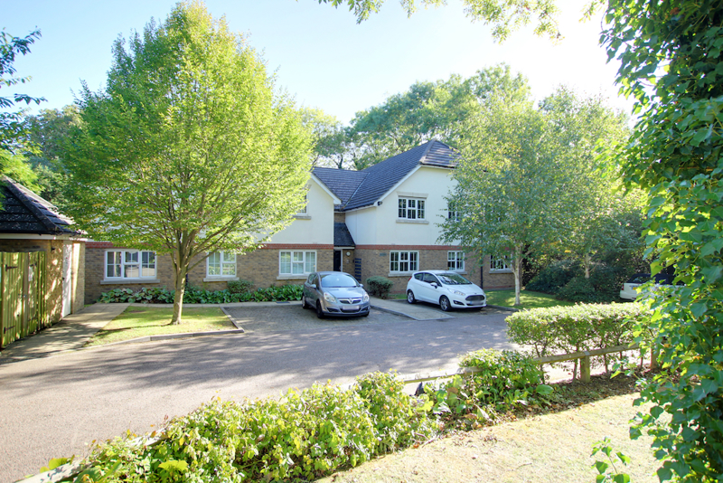 Retreat Way, Chigwell, Essex