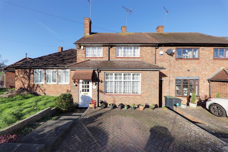 Rochford Avenue, Loughton, Essex