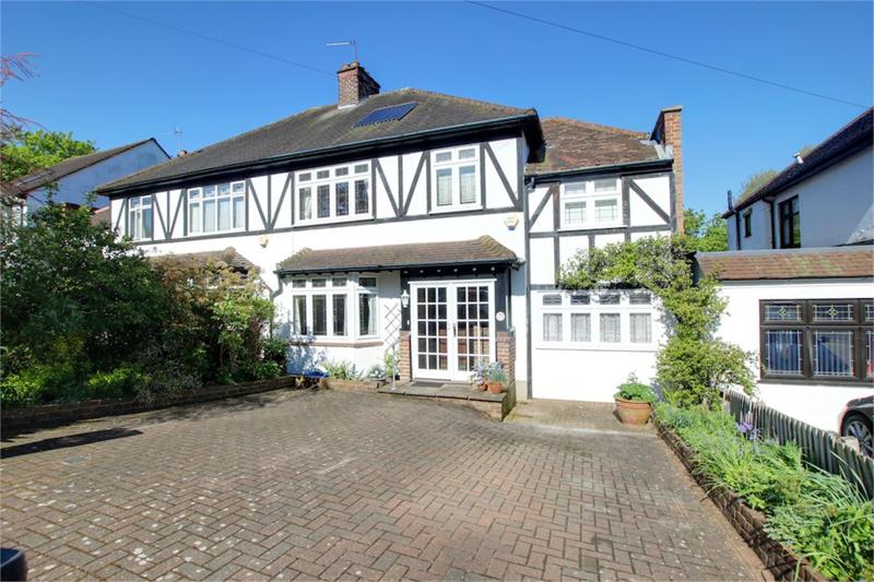 Fairlands Avenue, Buckhurst Hill, Essex