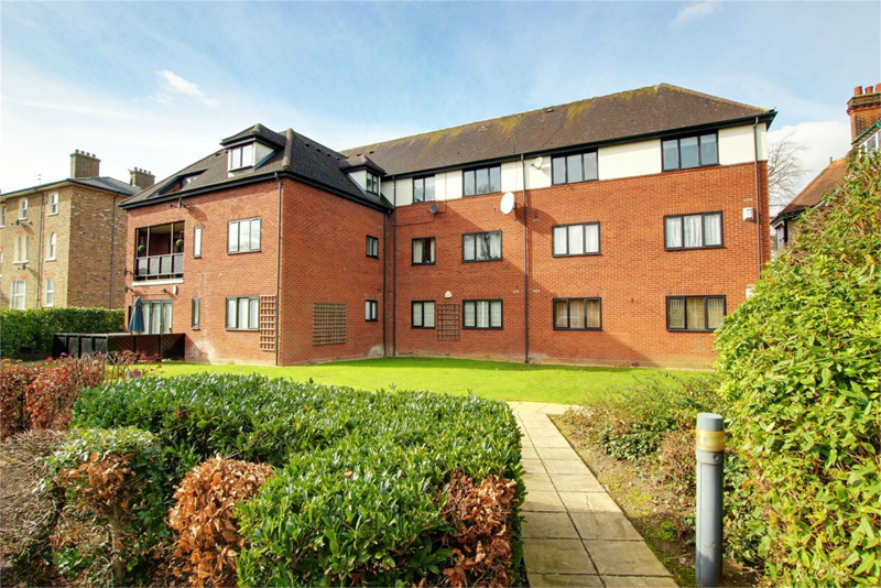 Lords Bushes Court, Buckhurst Hill, Essex