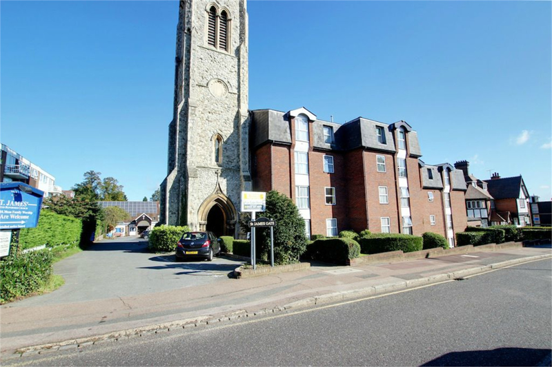 St James Gate, Buckhurst Hill, Essex